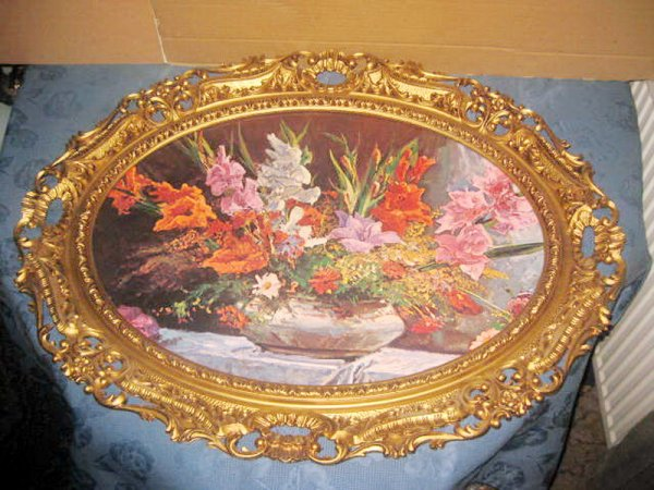 7695-Rama mare stil Rococo cu Foto Vaza gladiole din calamina.