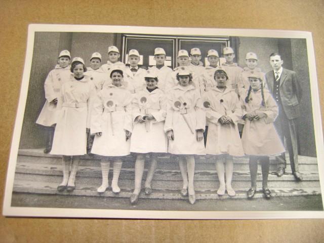 A518-Poza veche Grup scoala sanitara de fete anii 1940 Germania.