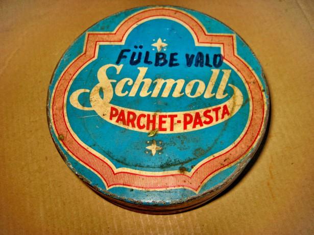 A957-Cutie Schmoll Pasta MetaloGlobus parchet veche inainte razboi.