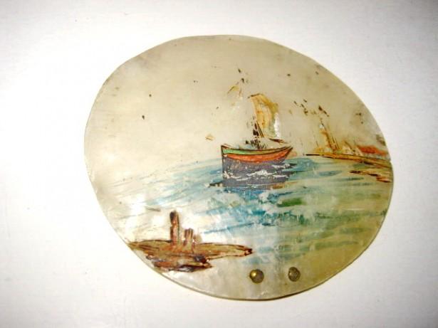 3913-2 Aplice mici pictura tema marina LIEBEHART B. Ulei pe sidef.