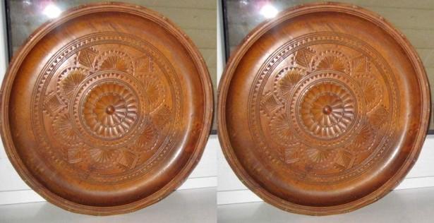 544A-2 Aplice rustice pereche rotunde lemn masiv  tare motiv floral.