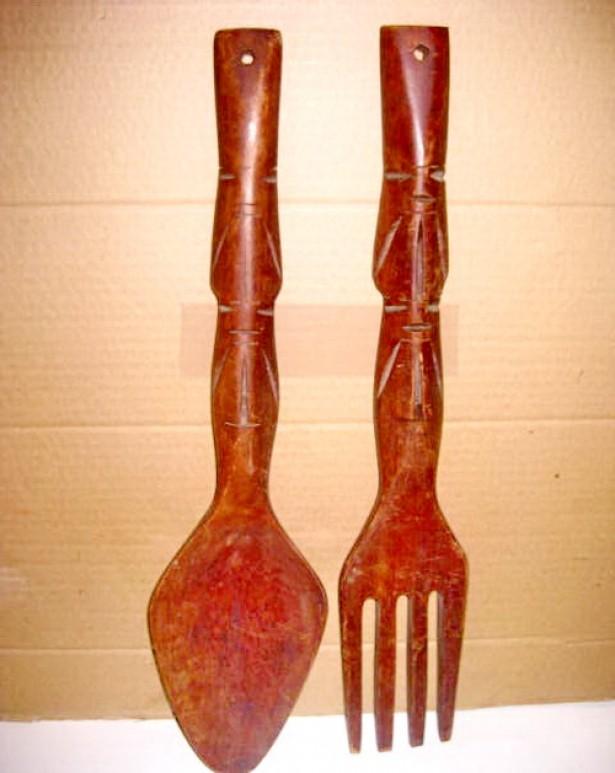 7711-Tacamuri mari rustice lemn masiv tare lungime 49 cm.