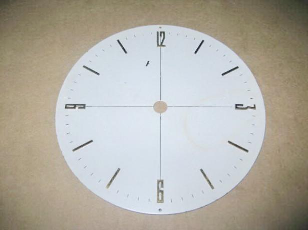 7957-Cadran ceas mare metal cifre aurite.