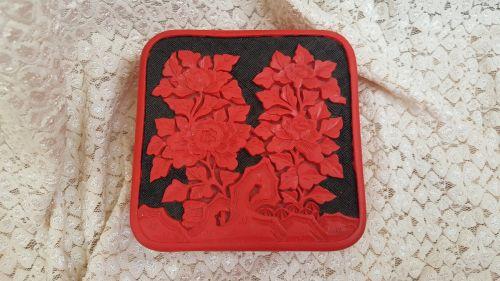 Frumoasa Caseta lemn si cinabru red