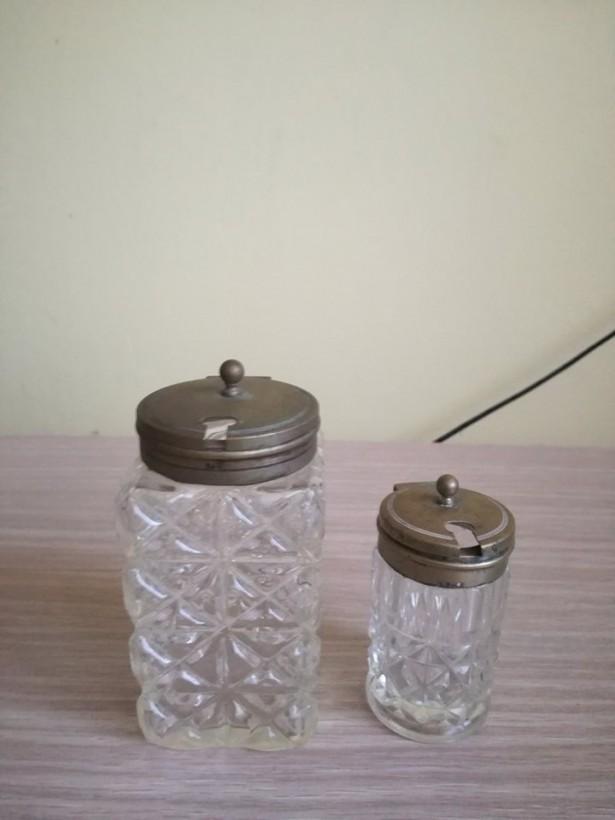 Set sticlute vechi pentru condimente EPNS , din Anglia