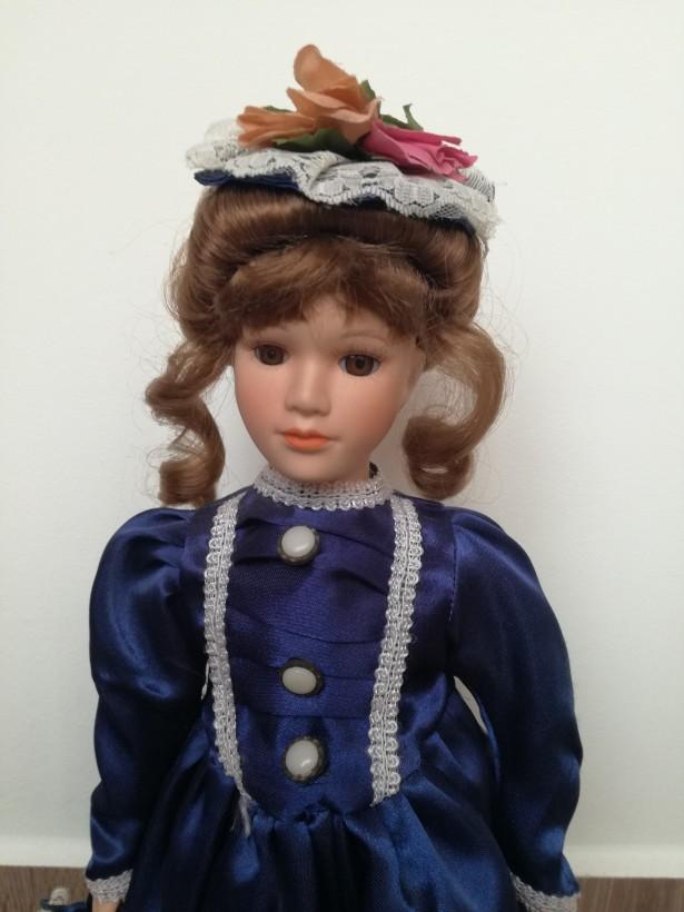 Eleganta PAPUSA DIN PORTELAN Jenny din Colectia Knightsbridge