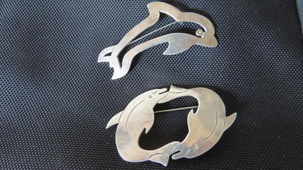 Vechi brose, pandant  argint 925 delfini mexic
