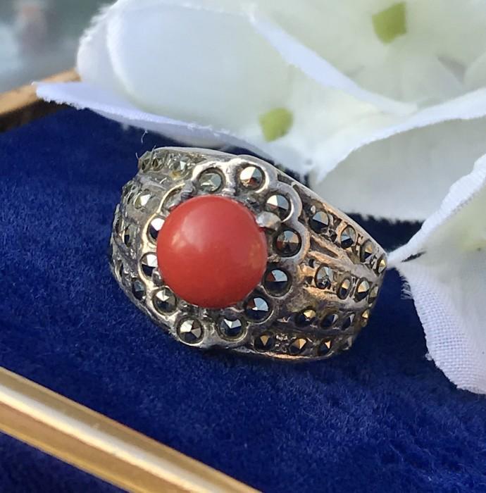 Inel argint coral rosu marcasite