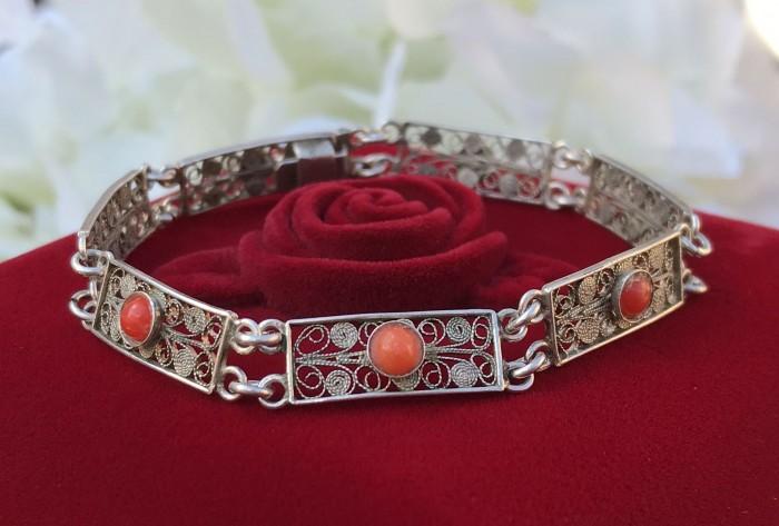 Bratara argint filigran coral rosu