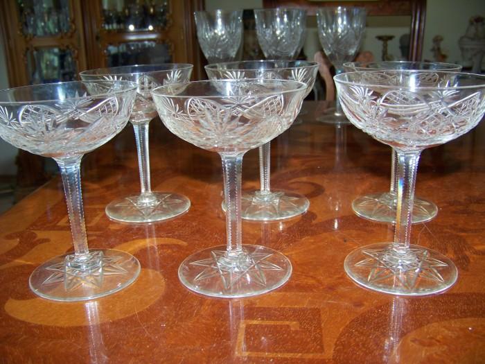 6 pahare-cupe  cristal  gravura manuala