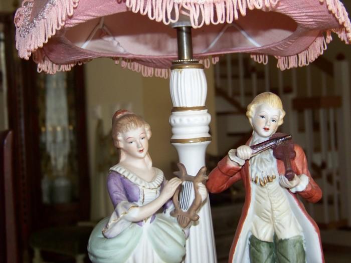 lampa statuete portelan-50 cm