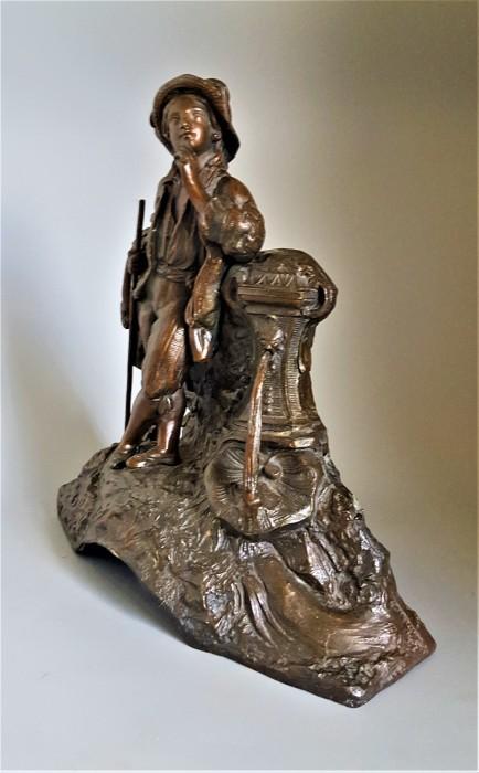Statueta din antimoniu