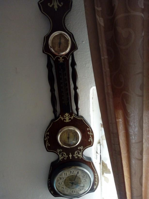 Ceas cu barometru de lemn 75 cm