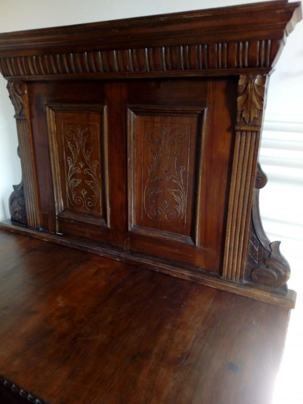 Dulap florentin lemn masiv tip cu comoda
