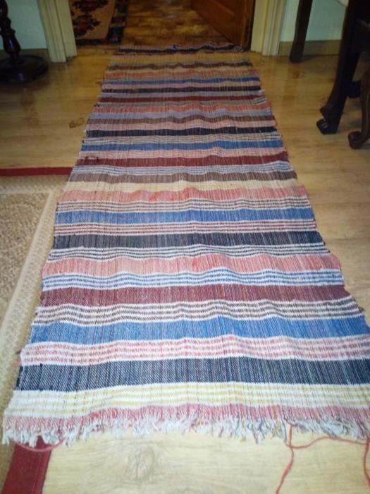 Traversa tradițională țesută de mana lana