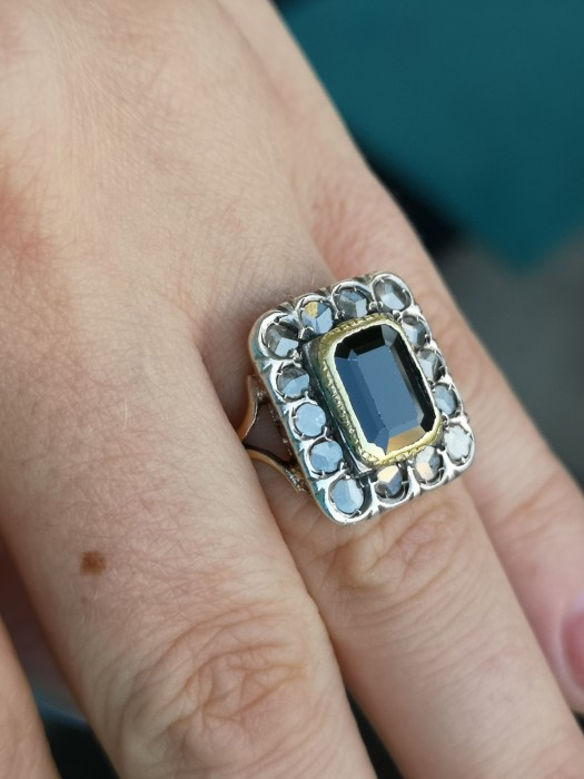Inel vechi aur 12k cu safir natural și diamante