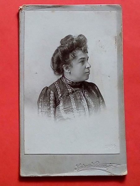 Fotografie Spirescu. Portret de femeie, 1904