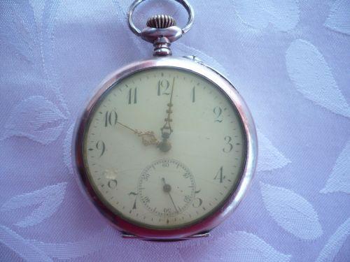 Ceas buzunar argint aurit vechi de peste 100 ani