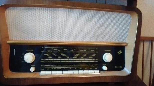 Aparat radio Oberon, productie ca. 1960