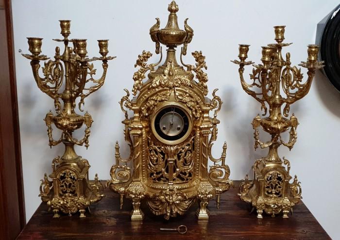 Ceas de semineu cu pendul din bronz masiv