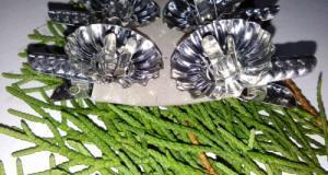 Clipsuri-suporti ornamentali vintage pentru lumanari, realizate din tabla, ornamente de Craciun fabr