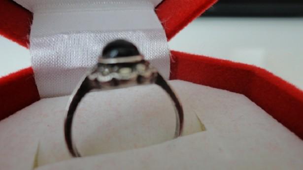 inel  Ag 925 cu onix si marcasite