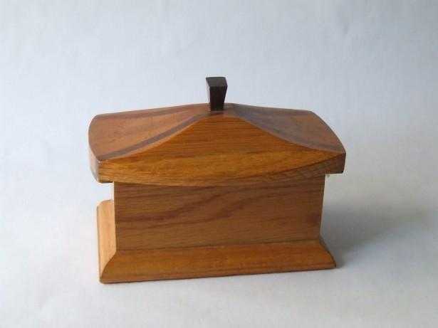Cutie muzicala, confectionata manual, din lemn