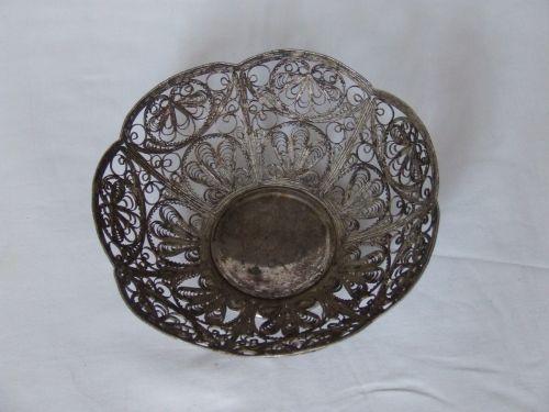 Cosulet rotund (decor), argintat, lucrat in filigran