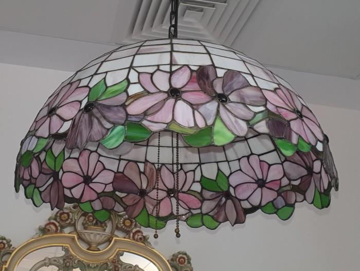 Lustra stil Tiffany
