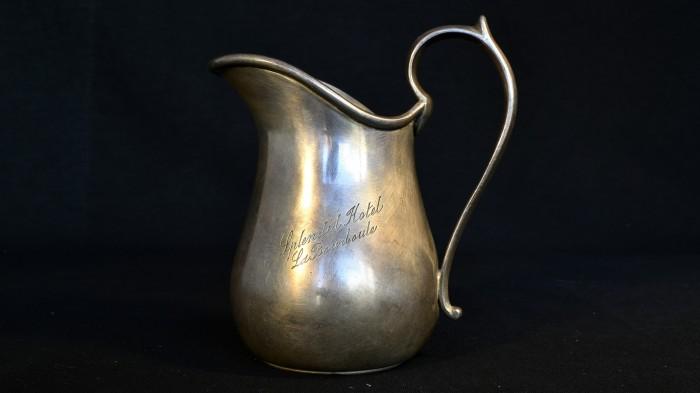 Carafa mica din argint 019042