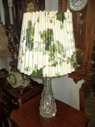 Superb lampadar in stilul Art-Deco cu talpa din cristal si abajur cu un model mai deosebit de dimens