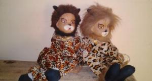 2 papusi pisica