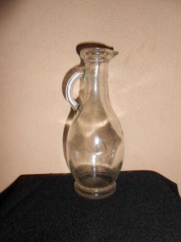 Sticla carafa cu maner mic