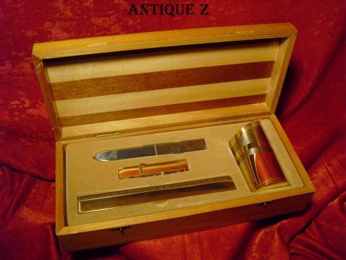 Cadou, set birou, in cutie lemn bicolor, vintage