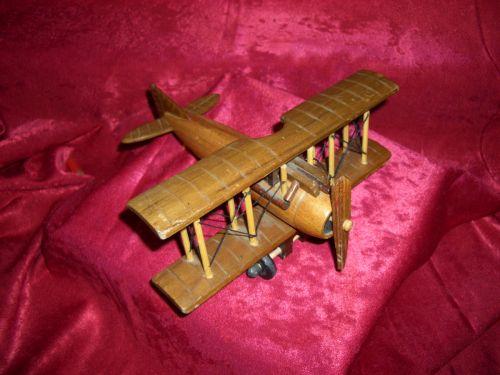 Sculptura lemn avion Spitfire, vintage, colectie-cadou
