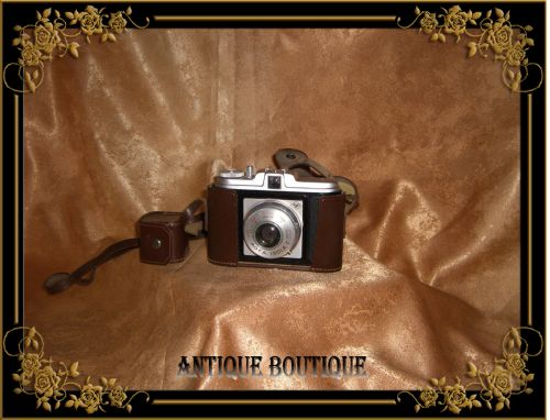 Legendara Legendara camera foto Agfa Isola I vintage cu carcasa piele