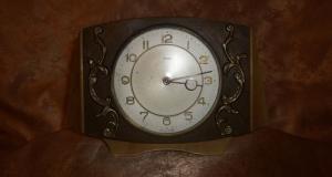 Ceas electric Metamec England stil victorian, vintage antique