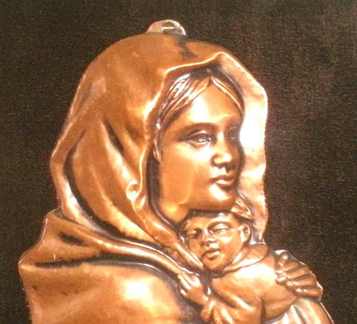 tablou  iconita  cupru  relief  fond  plus negru