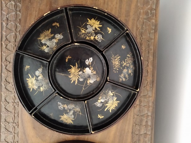 ANTIQUE JAPAN RED & BLACK HAND PAINTED PAPER LACQUER