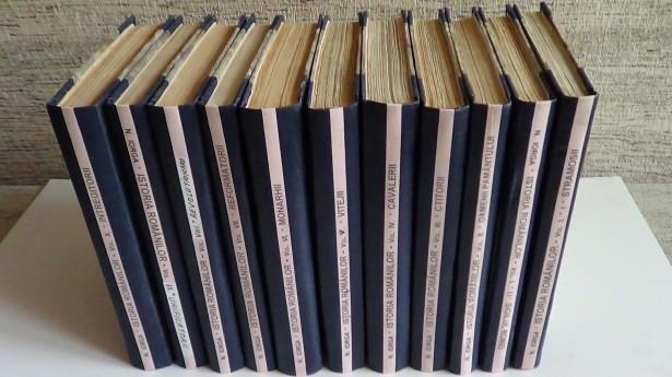 Istoria Romanilor, Nicolae Iorga  11 volume 1936-1939