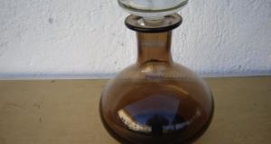 Decantor, sticla pentru bauturi