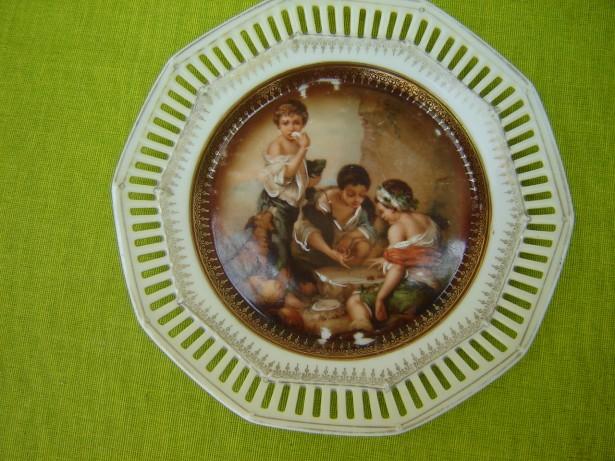 Deosebita farfurioara filigranata, portelan Schumann Bavaria
