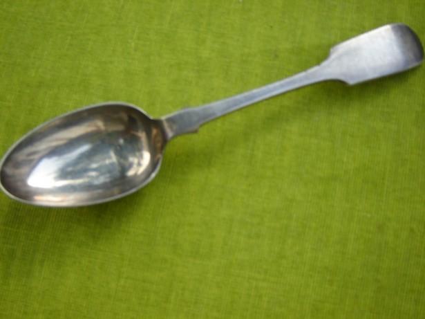 Lingurita veche argintata