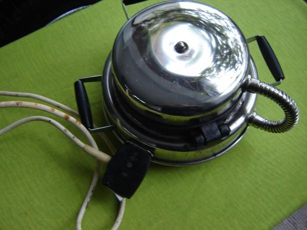 Aparat electric de facut vafe